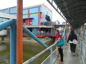 Destinasi Aquarium Air Tawar Jakarta