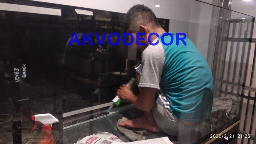 Proses pengeleman kaca - Projek Aquarium Air Laut de Park BSD